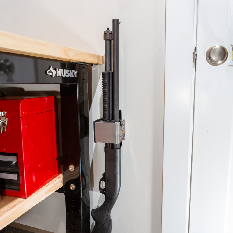 Remington 870 mounted in a 4130